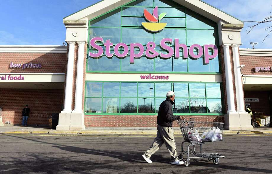 The Stop & Shop market on Whalley Avenue in New Haven on March 2. Photo: Arnold Gold / Hearst Connecticut Media / New Haven Register