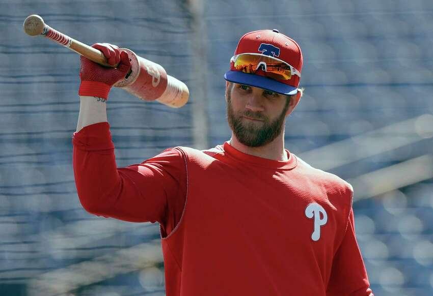 2. Bryce Harper, Phillies 13 years, $330 million (2019-31)