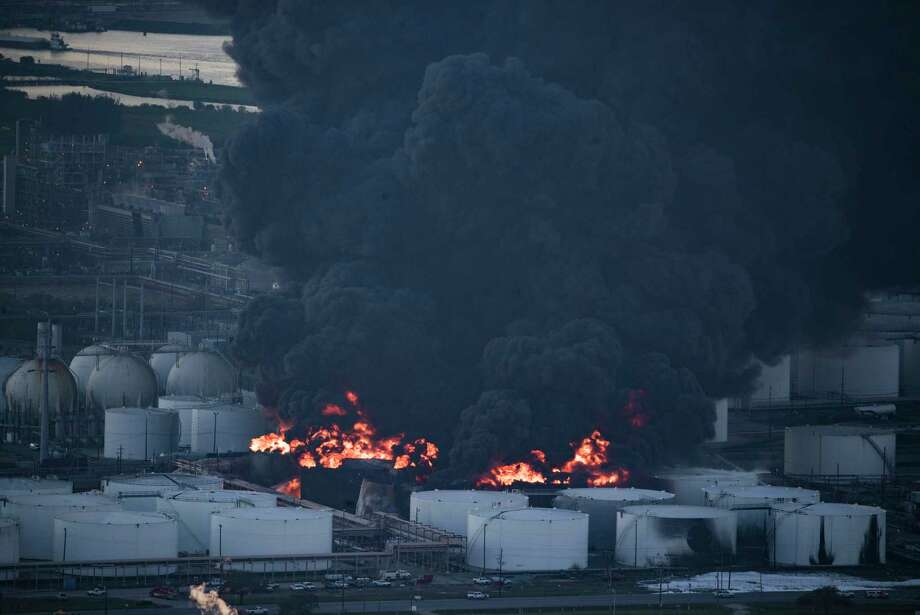 Aerial view of the petrochemical fire at a Deer Park plant on Monday, March 18, 2019, in Deer Park. The blaze was finally extinguished early Wednesday.  Photo: Marie D. De Jesús, Staff Photographer / © 2019 Houston Chronicle