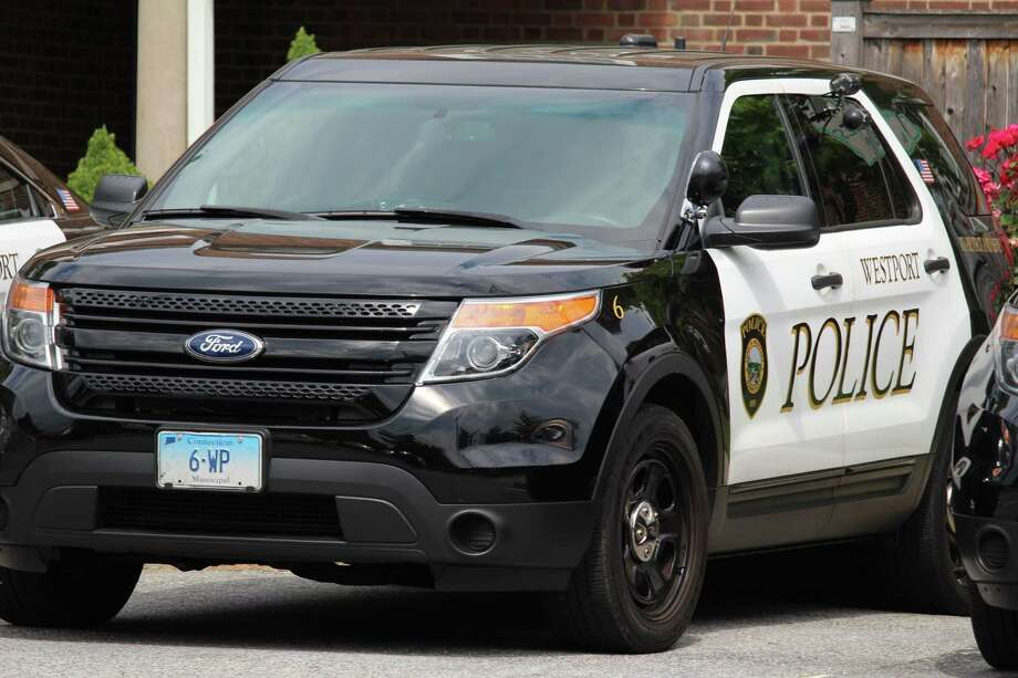 Westport police Photo: Chris Marquette / Hearst Connecticut Media / Westport News
