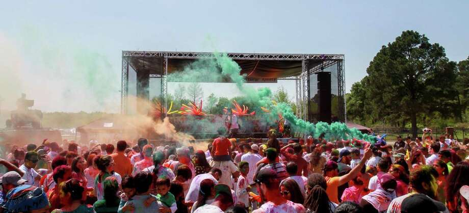 Scenes from the 10th annual Houston Holi Festival of Colors. (For the Chronicle/Gary Fountain, March 25, 2017) Photo: Gary Fountain, For The Chronicle / Gary Fountain/For The Chronicle / Copyright 2017 Gary Fountain