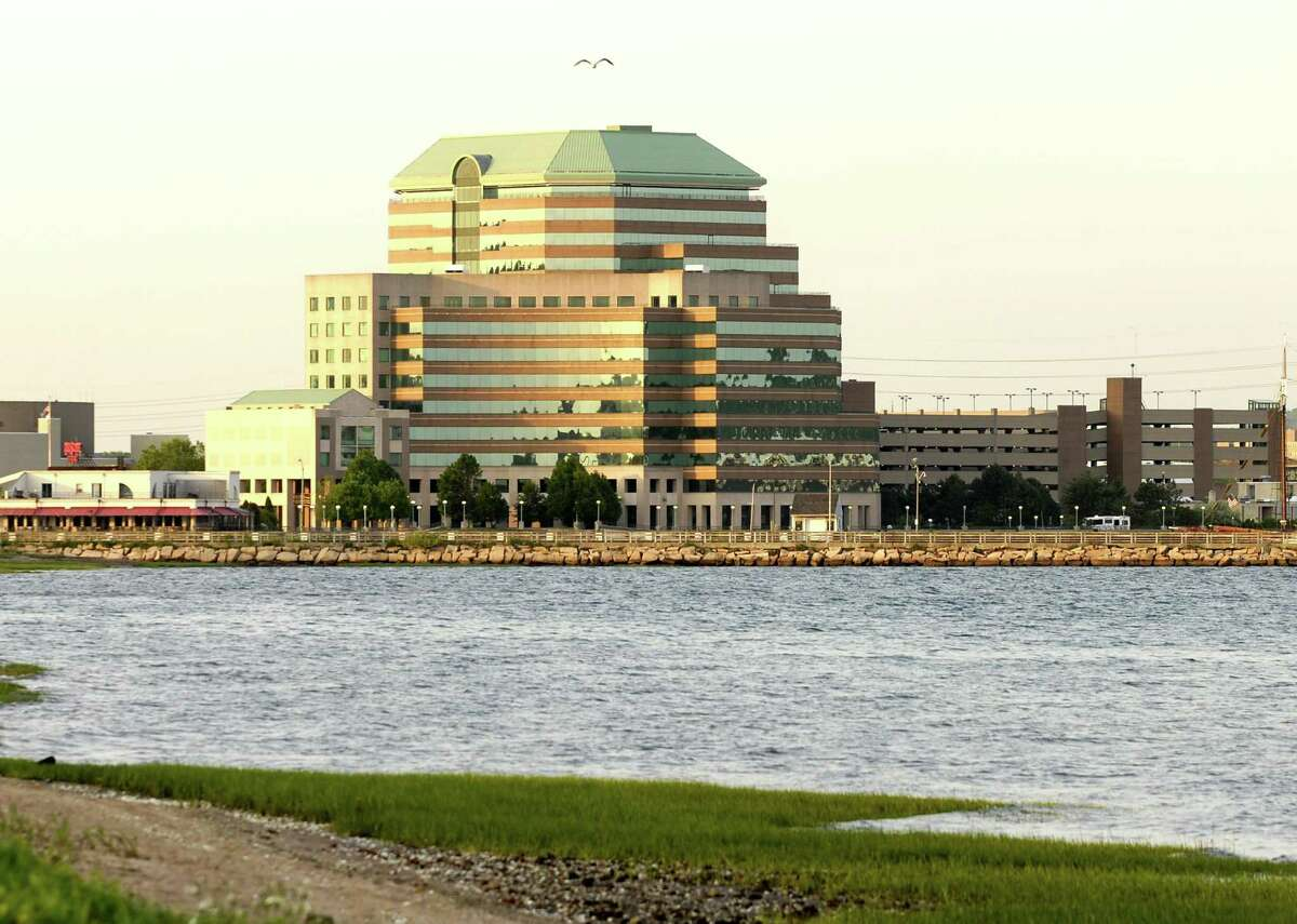 HVIZDAK ph0614a # 8031 New Haven, Connecticut-5/23/07: Long Wharf Maritime Center.