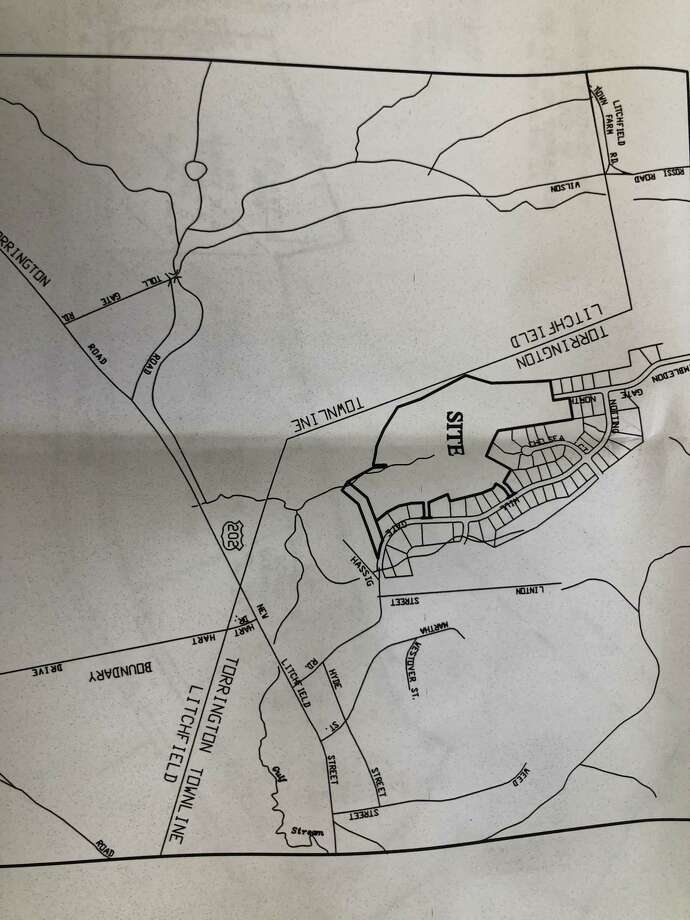 A site plan map of the proposed development of 120 apartments in four buildings on the Litchfield town line off Notting Hill Gate and Wimbledown Gate North. Photo: Leslie Hutchison / Hearst Connecticut Media /