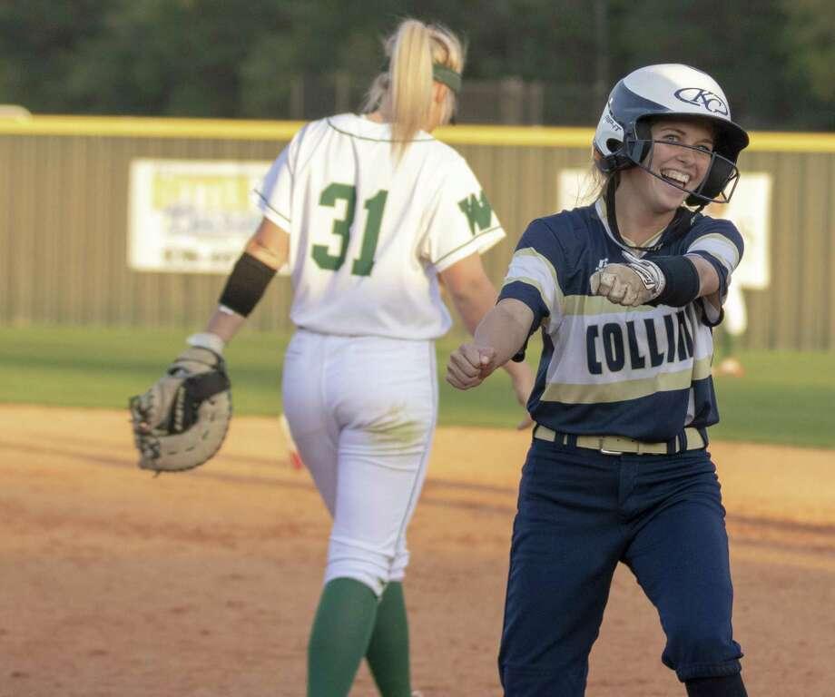 Klein Collins center fielder Madison Dillon (1) celebrates after hitting a single during a District 15-6A game Tuesday, at The Woodlands High School. Photo: Cody Bahn, Houston Chronicle / Staff Photographer / © 2018 Houston Chronicle