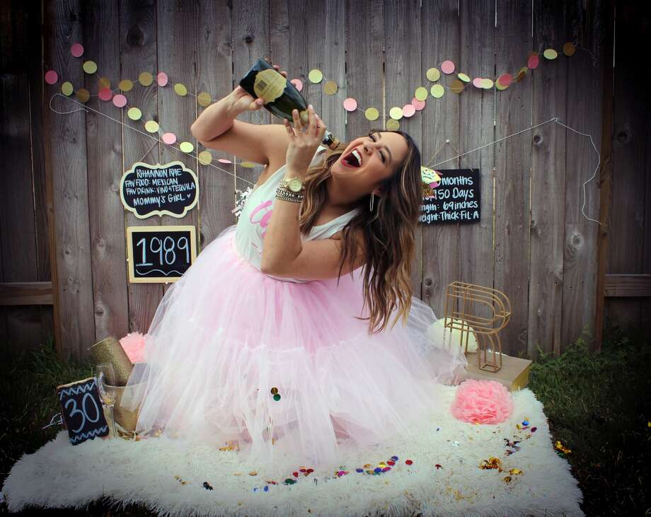 Houston resident Rhiannon Escalante, who turned 30 on Tuesday, celebrated her big day with a baby-like photoshoot. Photo: Andrea Escalante