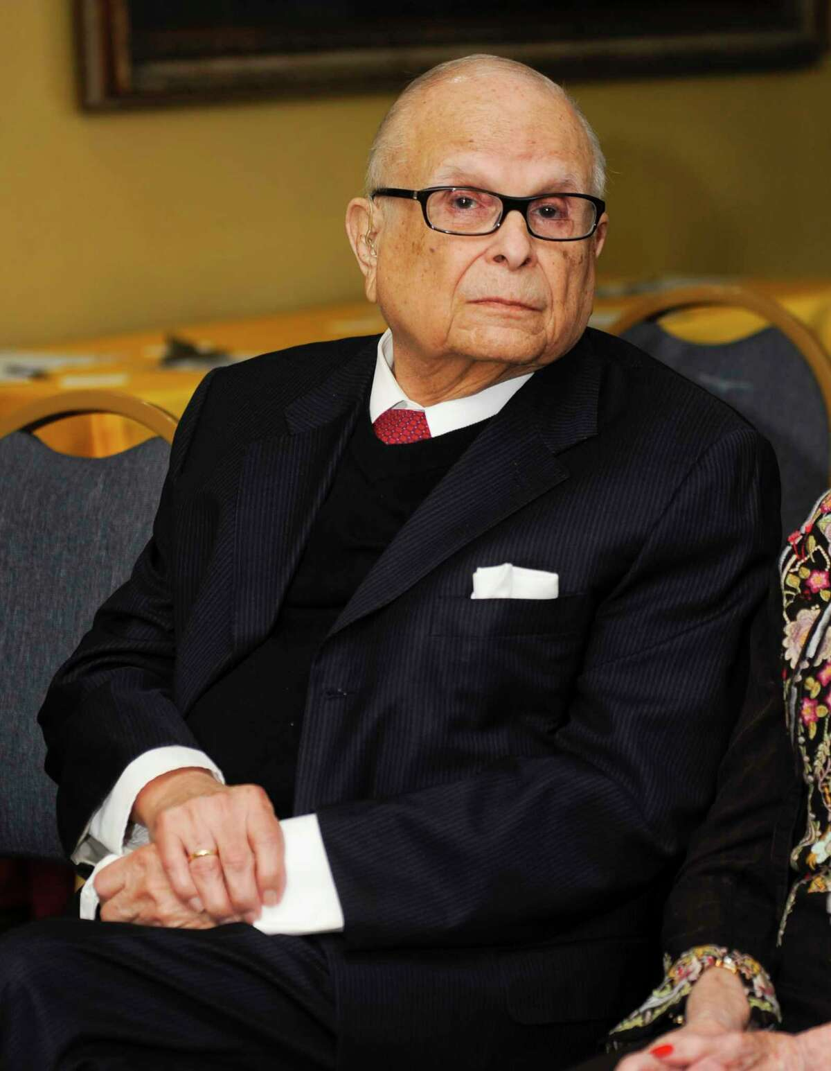 Joaquin Cigarroa Jr., a trailblazing doctor who served the Laredo area for over six decades, has died at the age of 94.