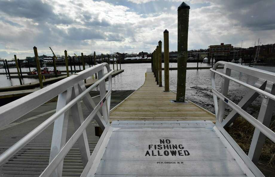 The Visitors Dock at Veterans Memorial Park. Photo: Erik Trautmann / Hearst Connecticut Media / Norwalk Hour