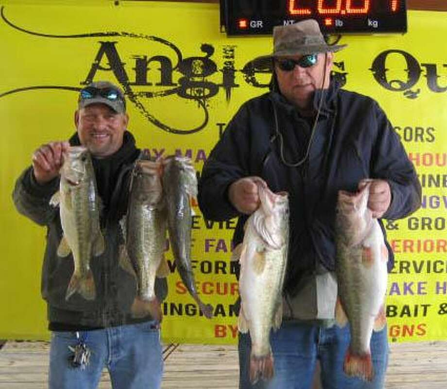 Mike Parsons and David Boles won the Anglers Quest Team Tournament #3 with a stringer weight of 20.64 pounds. Photo: Angler's Quest