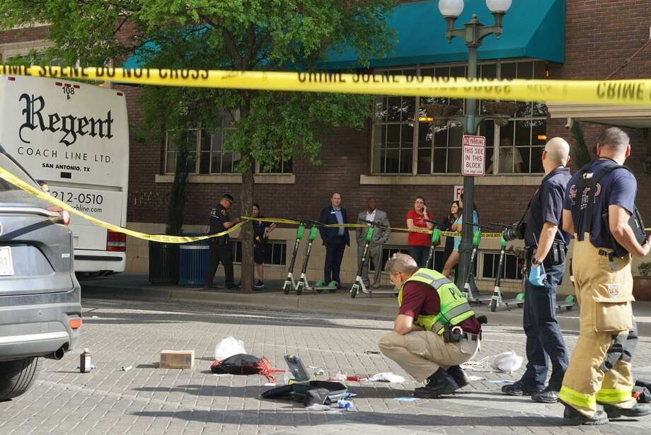 A pedestrian was killed by a vehicle at about 4:30 p.m. Wednesday in the 100 block of St. Mary's Street. Photo: Jacob Beltran /Staff