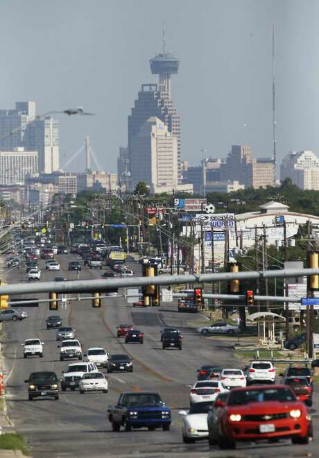 A view of downtown from Fredericksburg Road on Aug. 12, 2016. Researchers have found that an estimated 24 deaths annually could be avoided if the area's ozone level drops to 70 parts per billion or below.