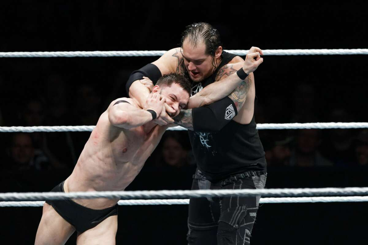 PARIS, FRANCE - MAY 19: Finn Balor (L) in action vs Baron Corbin during WWE Live AccorHotels Arena Popb Paris Bercy on May 19, 2018 in Paris, France. (Photo by Sylvain Lefevre/Getty Images)