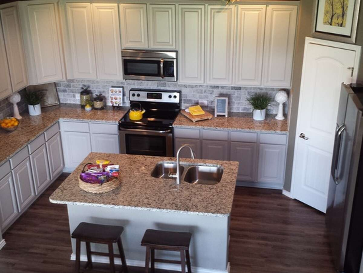 Builder: Rausch Coleman Community: Horizon Point Address: 7110 Marina Del Rey, Converse TX 78109 Price: From the 160's