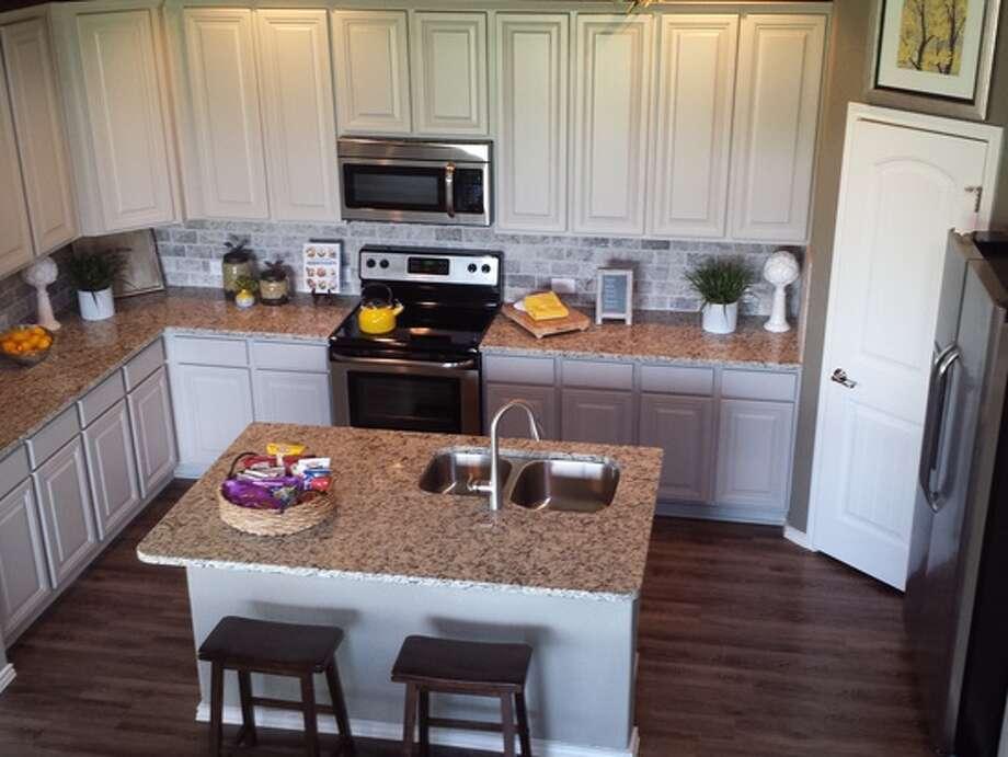 Builder: Rausch Coleman Community: Horizon Point Address: 7110 Marina Del Rey, Converse TX 78109 Price: From the 160's Photo: Rausch Coleman