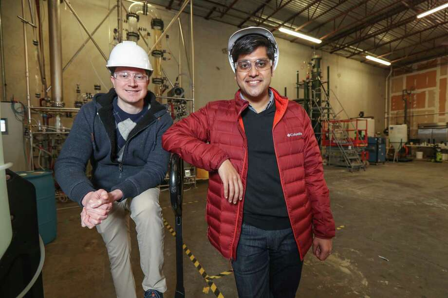 Sean Hunt (left), co-founder and chief technology officer of Solugen and Gaurab Chakrabarti, co-founder and CEO of Solugen Tuesday, March 5, 2019, in Houston. Solugen discovered part of a protein that can be used to make hydrogen peroxide. At room temperature and normal pressure, the company combines oxygen, water, sugar and a proprietary catalyst to create hydrogen peroxide. Photo: Steve Gonzales, Houston Chronicle / Staff Photographer / © 2019 Houston Chronicle