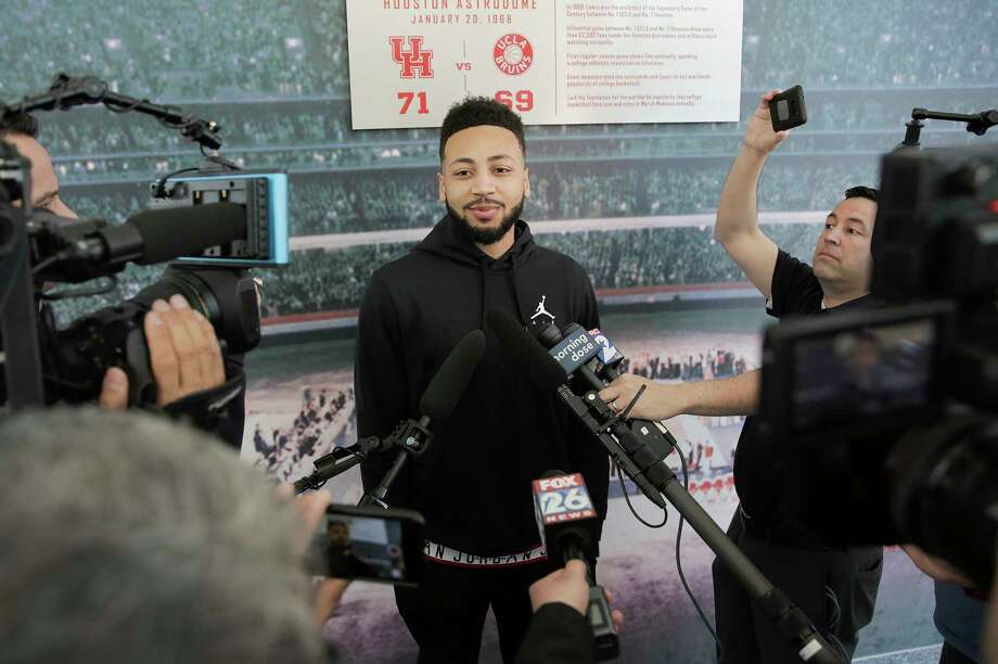 University of Houston guard Galen Robinson Jr., talk to the media at the Guy V. Lewis Development Facility before loading onto a bus to leave for the NCAA tournament in Tulsa on Wednesday, March 20, 2019. Photo: Elizabeth Conley, Staff Photographer / © 2018 Houston Chronicle