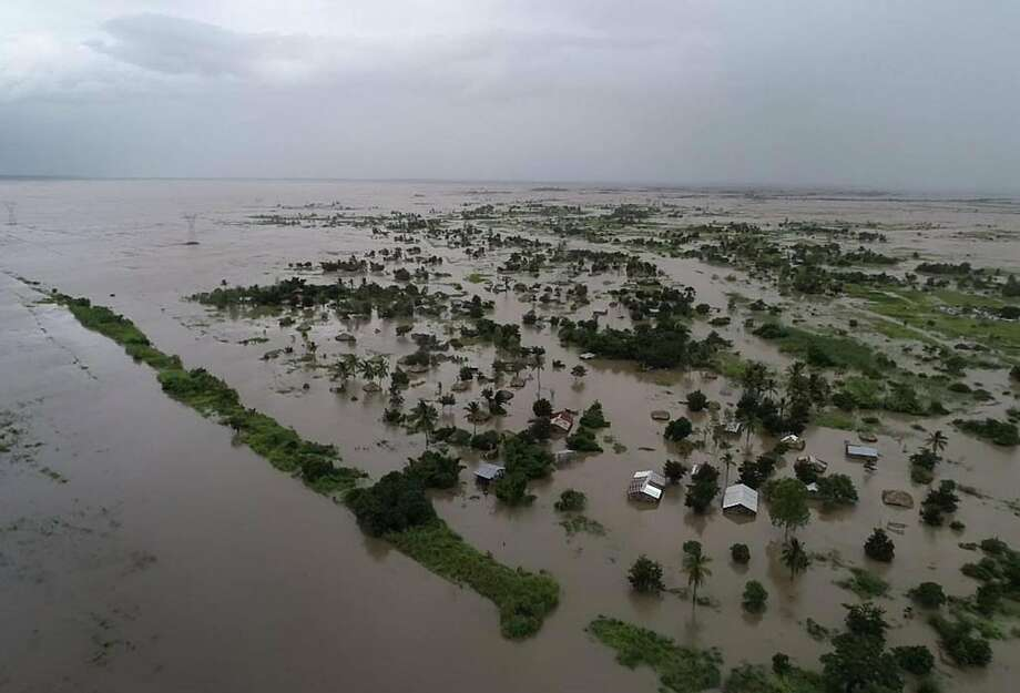 Rising floodwaters have created an inland ocean over tracts of land in Mozambique's Zambezia Province. Photo: Associated Press