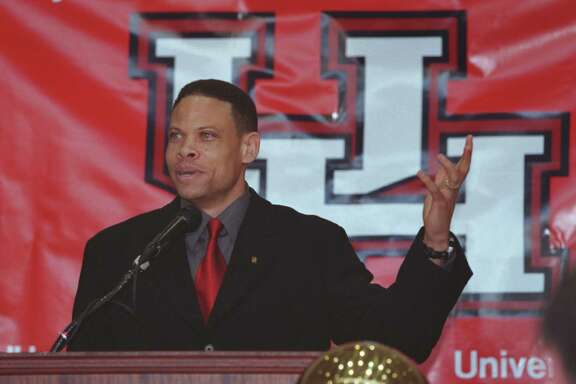 """Ray McCallum, former Ball State University head basketball coach, was introduced as the new coach of the University of Houston Cougars Thursday April20, 2000.     HOUCHRON CAPTION(04/23/2000)(06/13/2000)(11/16/2000)(10/29/2001-2-STAR)(11/25/2001): McCallum.   THE LAST 10 YEARS OF UH BASKETBALL.     HOUCHRON CAPTION (12/04/2001):  McCallum.     """"The basketball gods are watching over N.C. State when they play Houston."""" HOUCHRON CAPTION (12/24/2001):  UH men's basketball coach Ray McCallum following the Coogs' 67-66 last-second loss to the Wolfpack on Sunday.     HOUCHRON CAPTION (01/05/2002)(01/06/2002):  McCallum."""