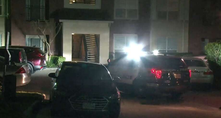 Police investigate a deadly shooting at a west Houston apartment complex where a resident said said he shot at a person trying to rob him on Thursday, March 21, 2019. Photo: Metro Video