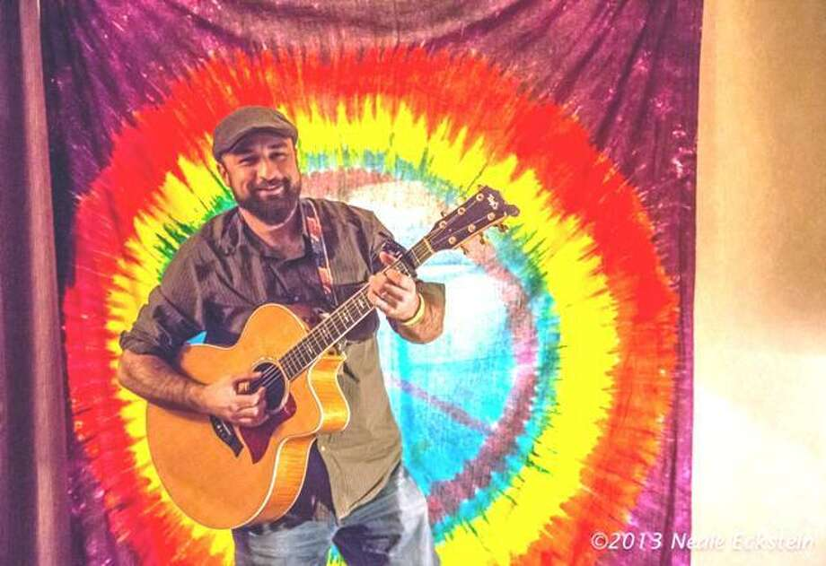 Shawn Taylor plays Sarah's Wine Bar in Ridgefield on Friday . Photo: Neale Eckstein / Contributed Photo