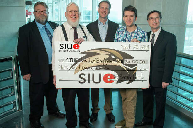 (L-R) SIUE School of Engineering (SOE) Director of Development Brian Moeller, Emmet Beetner, Daryl Beetner, freshman Andrew Schalk of the Beetner family, and SIUE SOE Dean Cem Karacal.