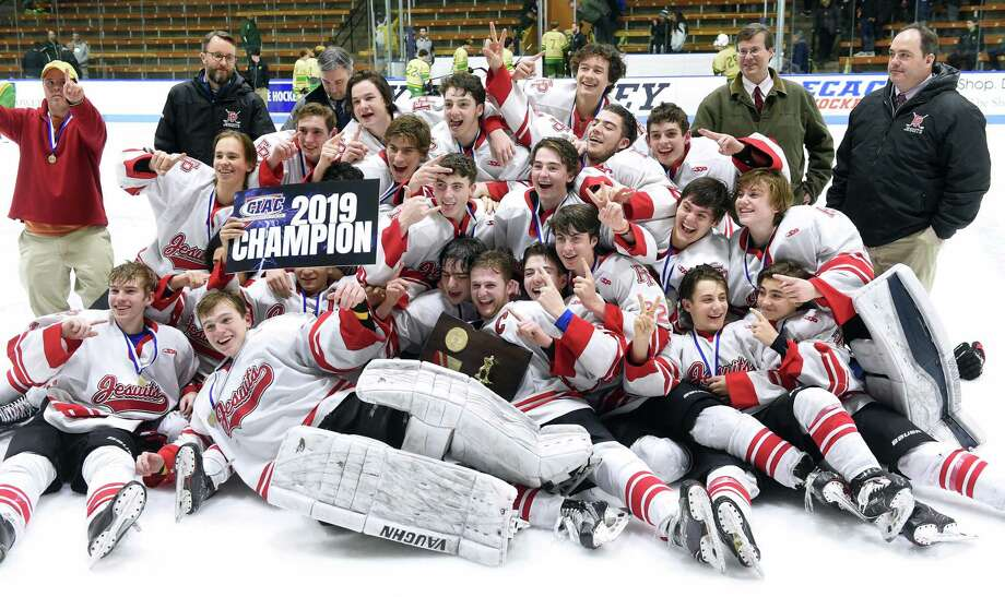Fairfield Prep celebrates after defeating Notre Dame-West Haven 5-2 in the CIAC Division I ice hockey final at Ingalls Rink in New Haven on March 19, 2019. Photo: Arnold Gold / Hearst Connecticut Media / New Haven Register