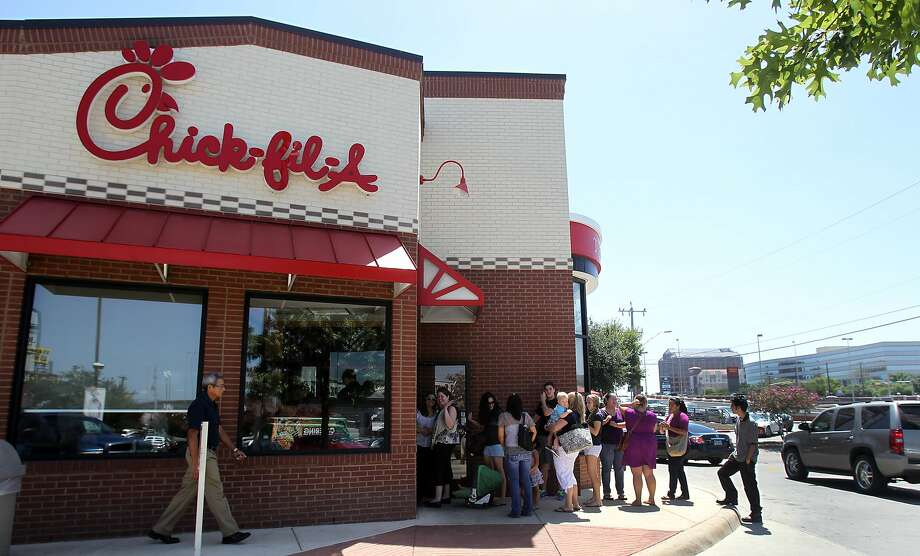 A recent vote by the San Antonio City Council has banned Chick-fil-A from operating at San Antonio International Airport because of the company's anti-LGBTQ reputation. Photo: John Davenport, San Antonio Express-News