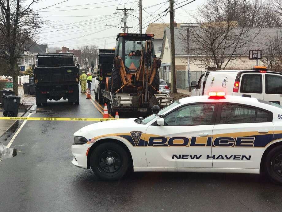 Police have part of Townsend Avenue in New Haven blocked off due to a gas leak. Photo: Contributed / Rick Fontana