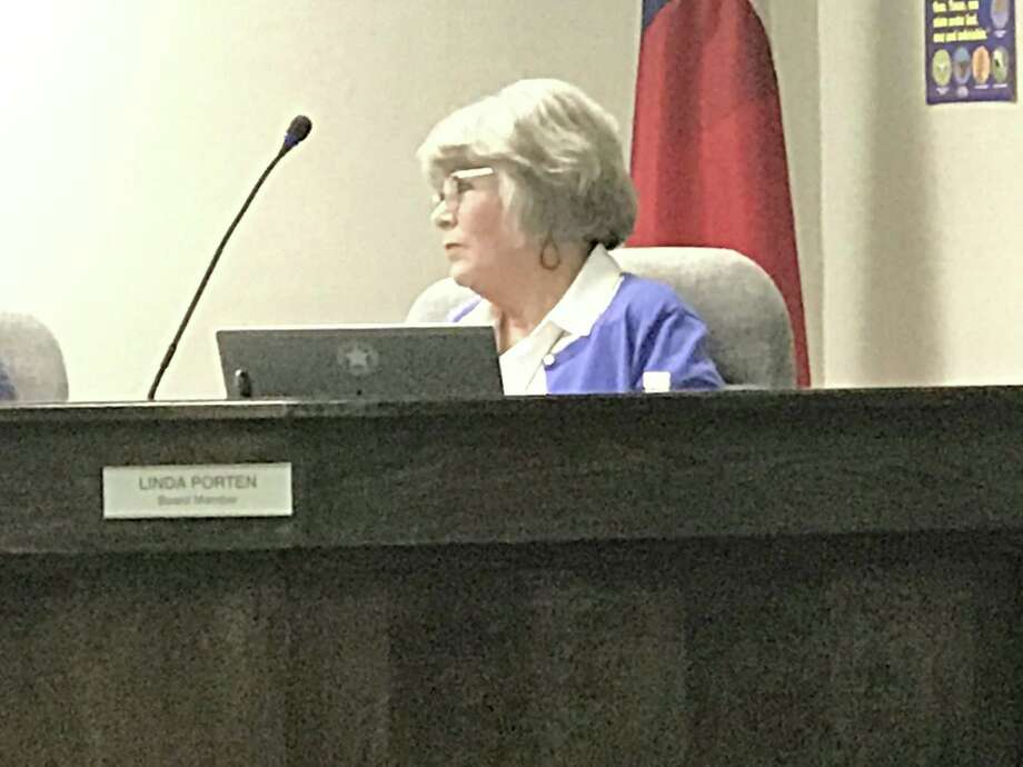 Montgomery ISD School Board Member Linda Porten suggested change for employee surveys during the school board meeting on Tuesday. Photo: Meagan Ellsworth / Meagan Ellsworth