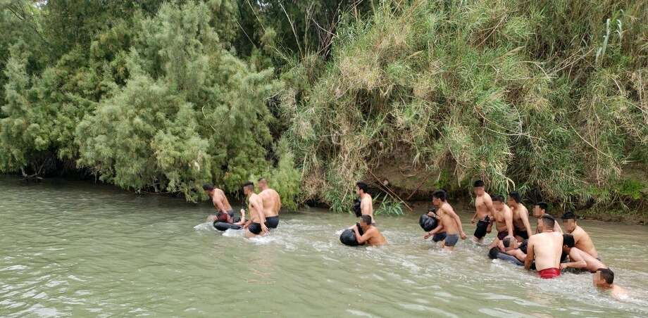 Laredo Border Patrol said agents apprehended 16 undocumented immigrants along the Rio Grande Thursday who were attempting to enter the U.S. Photo: Border Patrol