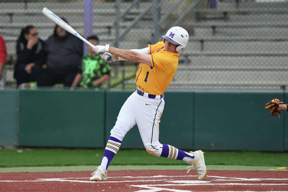Midland High's Cooper Jauz hits against Odessa High March 22, 2019, at Zachery Field.  James Durbin / Reporter-Telegram Photo: James Durbin / Midland Reporter-Telegram / ? 2019 All Rights Reserved