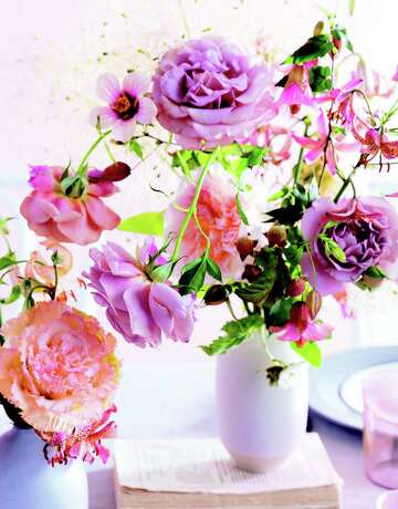 Floral Designer Ariella Chezar Offers Tips To Help You Fill Your