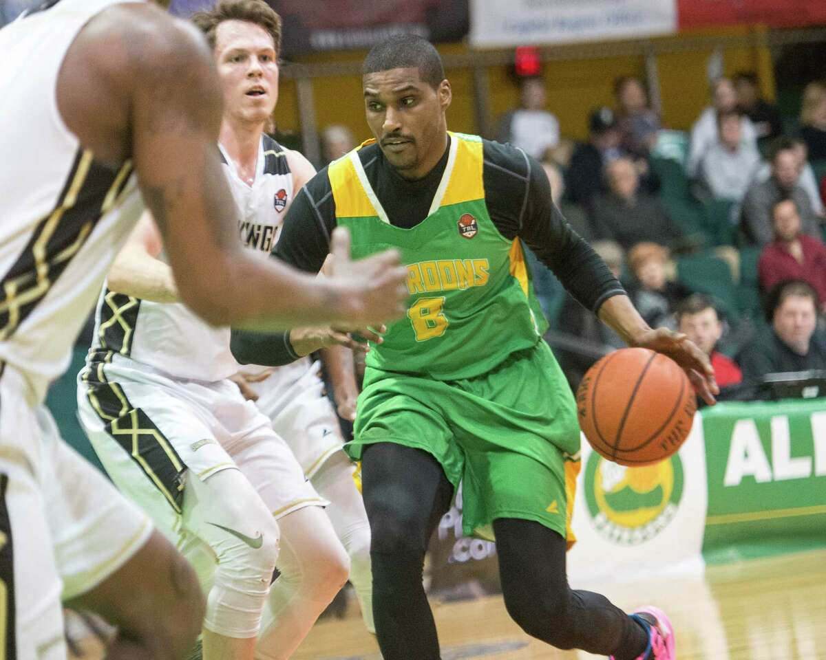 Albany Patroons forward Edwin Ubiles goes to the basket against the Yakima SunKings at the Washington Avenue Armory on Friday, March 22, 2019. (Jim Franco/Special to the Times Union)