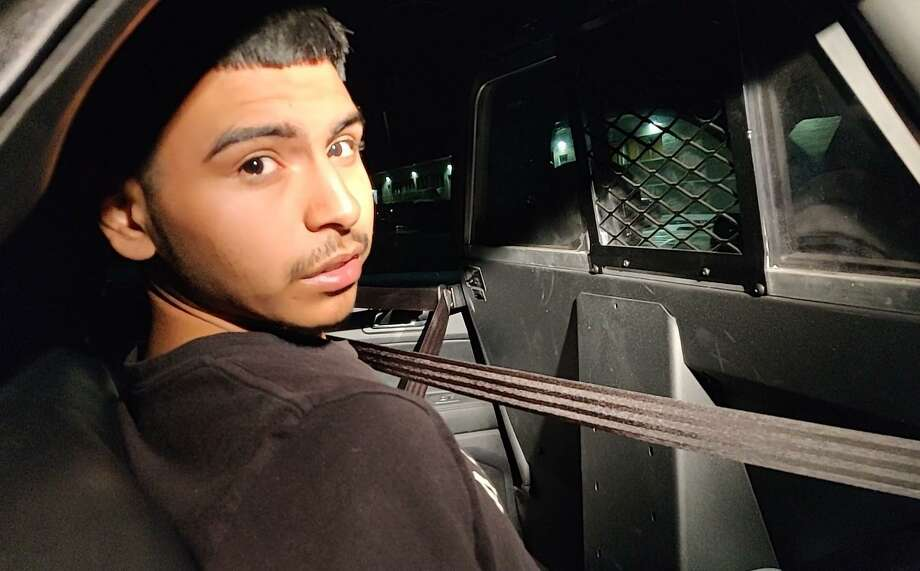 Jesus Luna, 18, was taken into custody Friday night in connection with the shooting of Kim Troy Williams, San Antonio police spokeswoman Jennifer Rodriguez said. Luna faces a charge of aggravated robbery. Photo: Jacob Beltran /Staff
