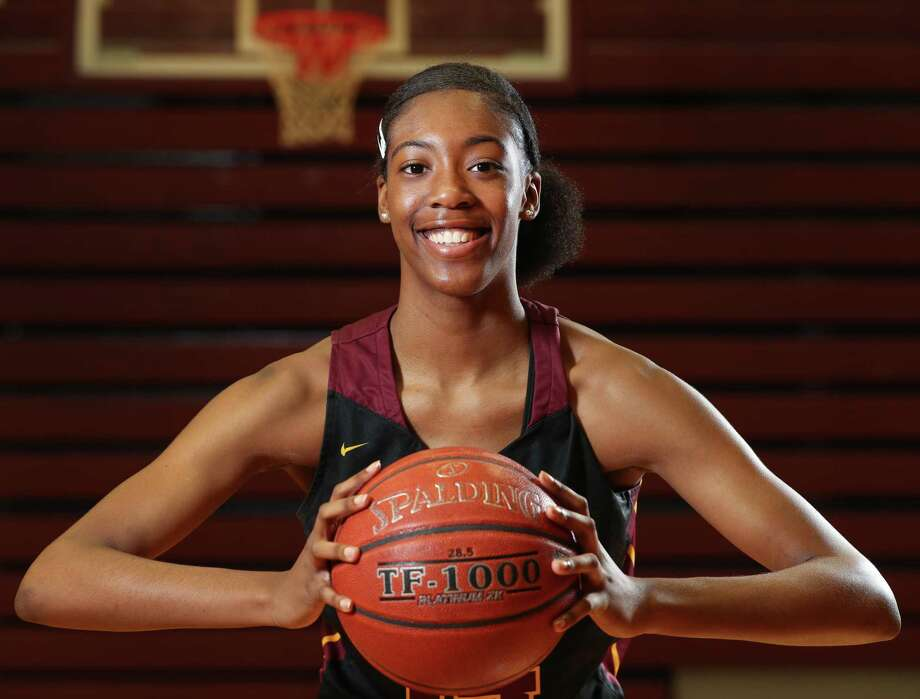 Preseason Player of the Year Maliyah Johnson, Sr., Summer CreekJohnson's junior season, which included leading the team to the Class 6A state tournament, was a launching pad on the recruiting trail for the recent Texas A&M commitment. She'll be key in Summer Creek's quest to win the region again. Photo: Steve Gonzales, Houston Chronicle / Staff Photographer / © 2019 Houston Chronicle