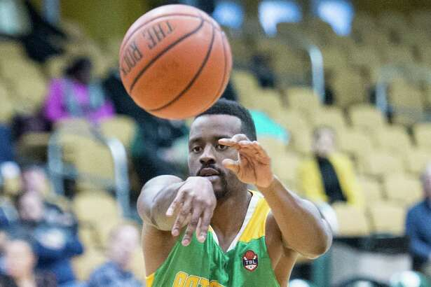 Albany Patroons guard Joshua Cameron makes a pass against the New York Court Kings at the Washington Avenue Armory on Saturday, Feb. 16, 2019, in Albany, N.Y. (Jim Franco/Special to the Times Union)