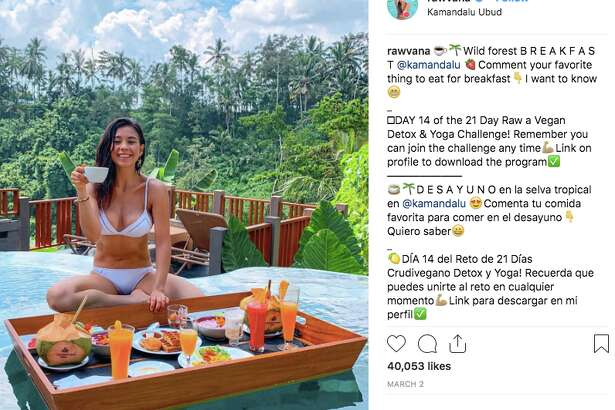 """Raw vegan YouTuber Yovana Mendoza Ayres (aka """"Rawvana"""") is under fire after seemingly being caught on video eating fish. She has since apologized in a lengthy video."""