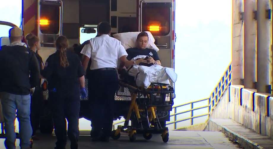 Officer Benito Chavez gets released from the hospital Photo: KOMO News