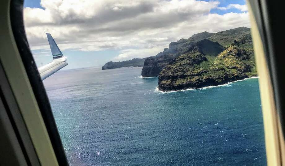 First site of Kauai from an Alaska Airlines B737 from San Jose. Tip: Ask for a seat on the LEFT side of the plane! Photo: Chris McGinnis