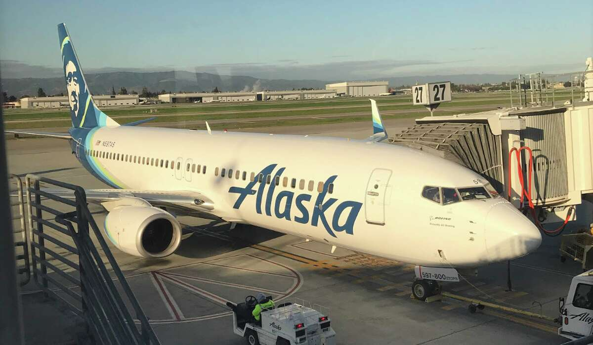 Alaska Airlines launched a Black Friday sale that includes Hawaii flights for less than $300 round trip!