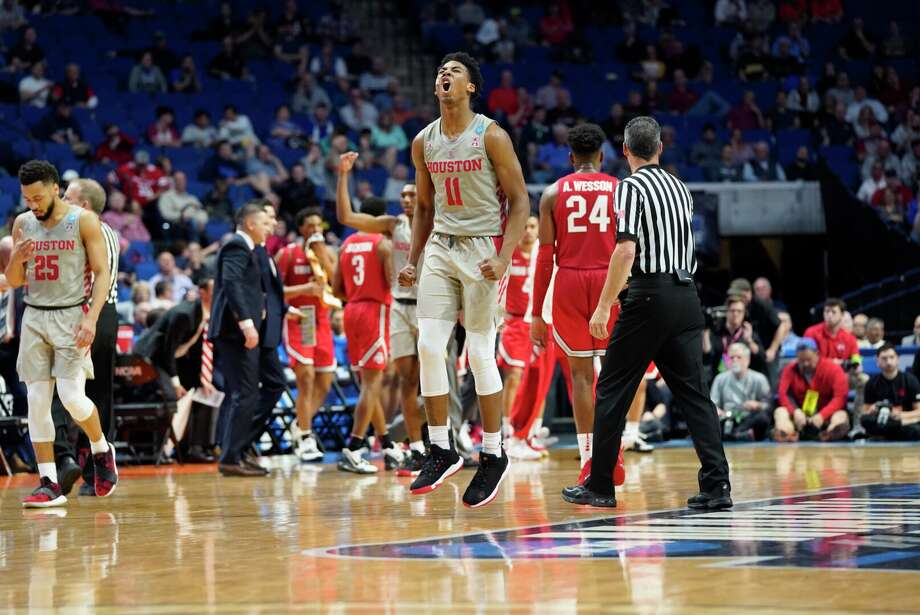 THIS IS A TEST University of Houston's basketball team reacts to the final seconds of the second round of the NCAA tournament against Ohio State on Sunday, March 24, 2019 in Tulsa. Photo: Elizabeth Conley/Staff Photographer / Houston Chronicle