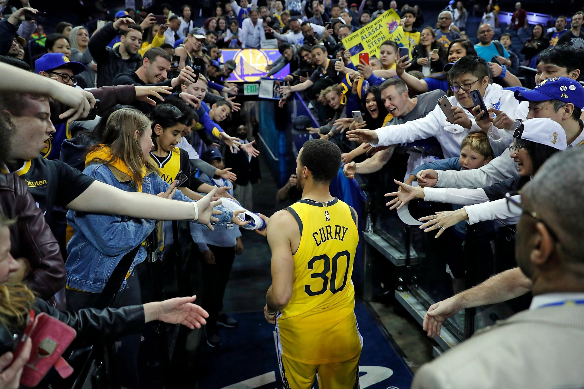 Stephen Curry took a load off 31c605e8d