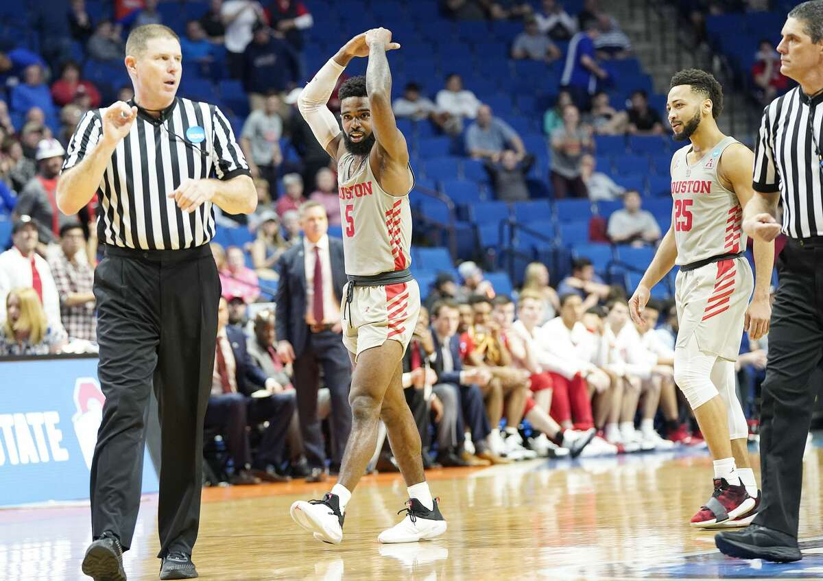 Houston Cougars guard Corey Davis Jr. (5) tries to fire up the crowd in the final seconds of the second round of NCAA playoffs at BOK Center in Tulsa on Sunday, March 24, 2019. Houston won the game 74-59 and are heading to the Sweet 16.