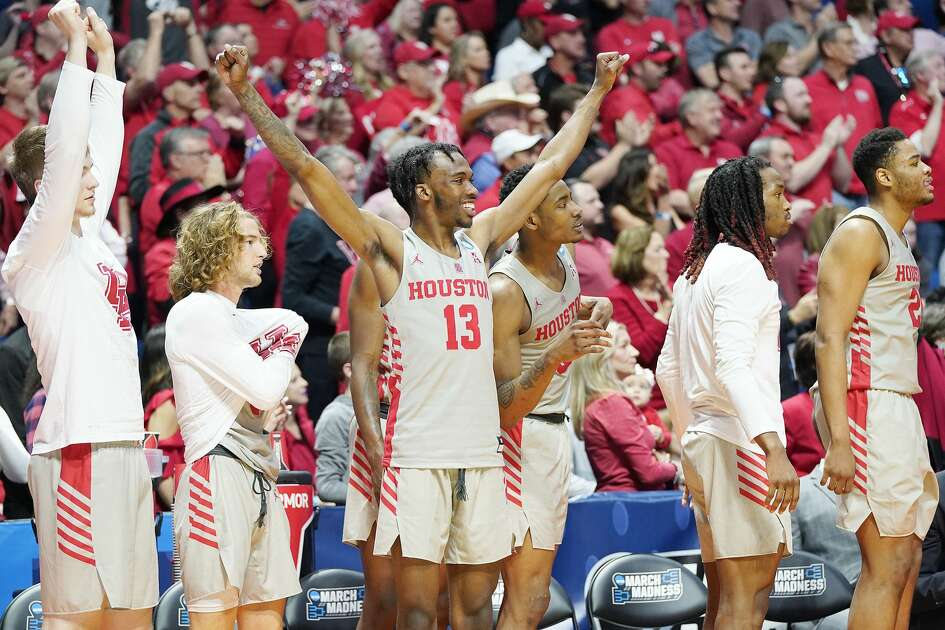 Houston Cougars bench reacts to the game during the second half of the second round of NCAA playoffs at BOK Center in Tulsa on Sunday, March 24, 2019.