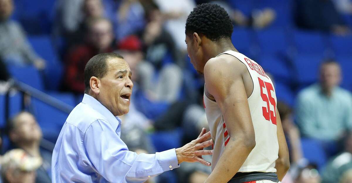 Houston Cougars head coach Kelvin Sampson talks to Houston Cougars forward Brison Gresham (55) during the second round of NCAA playoffs at BOK Center in Tulsa on Sunday, March 24, 2019. Houston won the game 74-59 and are heading to the Sweet 16.
