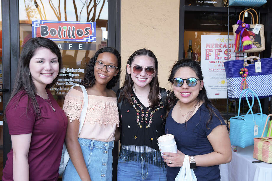 Laredoans enjoyed the sights, shopping and food at Spring 2019 Mercadito Fest, Sunday, March 24, 2019. Photo: Cuate Santos, Laredo Morning Times / Laredo Morning Times