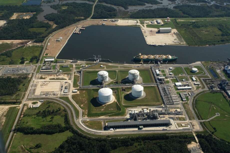 Dallas pipeline operator Energy Transfer and Dutch oil giant Shell have opened the bidding process for a construction contract to build their proposed Lake Charles LNG export terminal in Louisiana.  Photo: Energy Transfer LP
