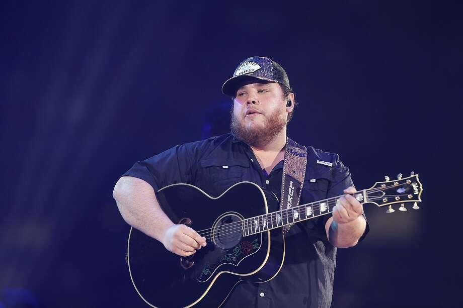 Luke Combs fans who didn't get a chance to see him at his surprise performance at John T. Floore's Country Store in June, can catch him at the AT&T Center in December. Photo: Elizabeth Conley, Staff Photographer