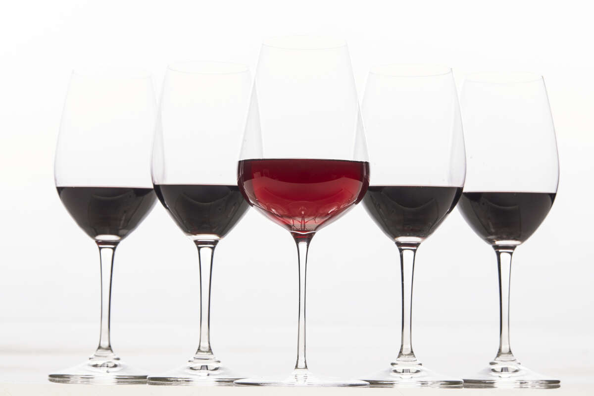 There's a new kind of red wine in town. Here's why a greater number of California wines have been trading dark, concentrated flavors for lighter, tarter ones.
