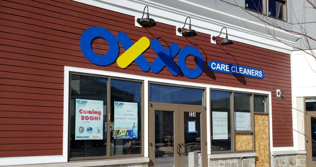 Oxxo Care Cleaners at 334 Center Rock Green in Oxford.