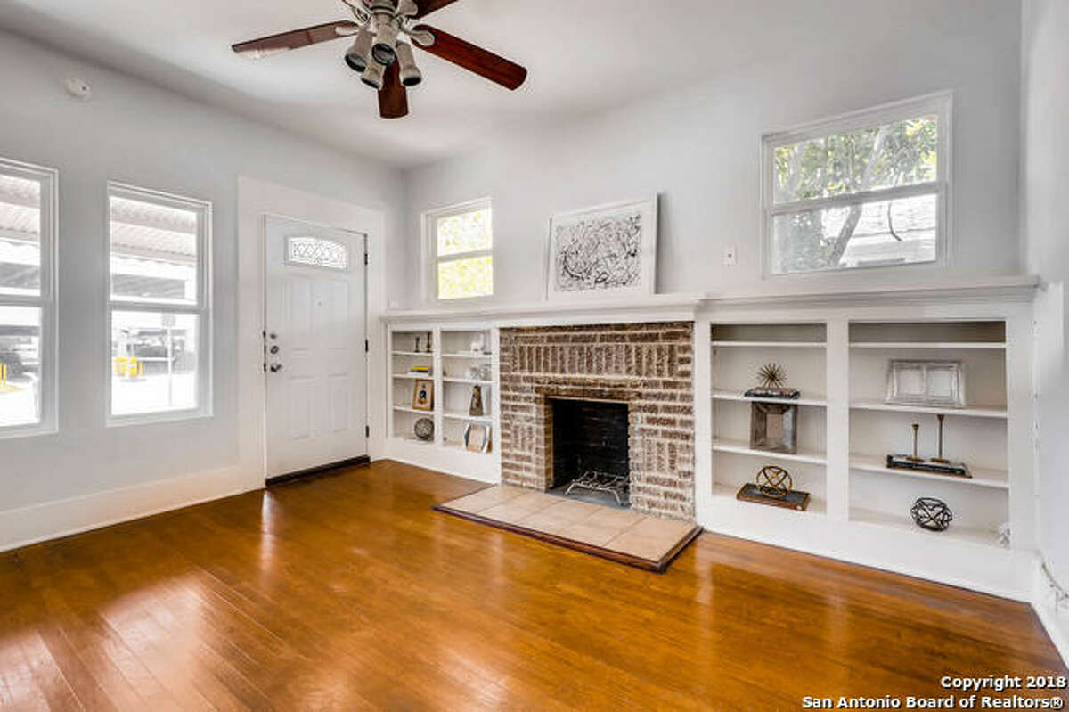 826 E Erie Avenue Listing Price:$259,900 Bedroom/bathroom: 3 full bathroom Neighborhood: Midtown Year built: 1950 For the full listing, clickhere.